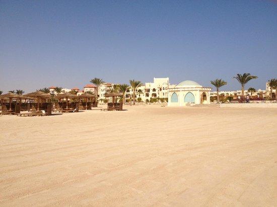 Kempinski Hotel Soma Bay:                                     Nice beach.