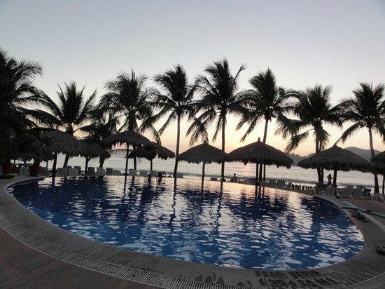 Villa Mexicana Hotel:                   Infinity pool.