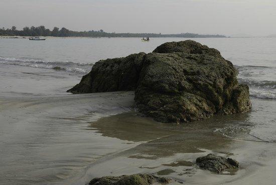 Thande Beach Hotel: Scenic Ngapali Beach