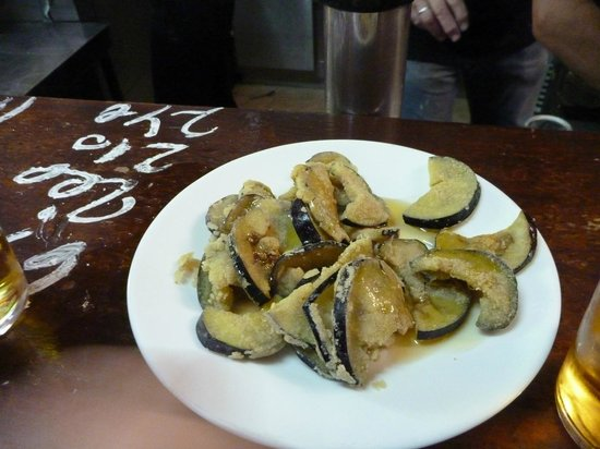 Bodega Santa Cruz:                   Eggplant with honey