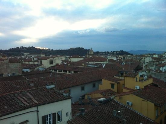 Hotel Tornabuoni Beacci:                   view of the rooftops