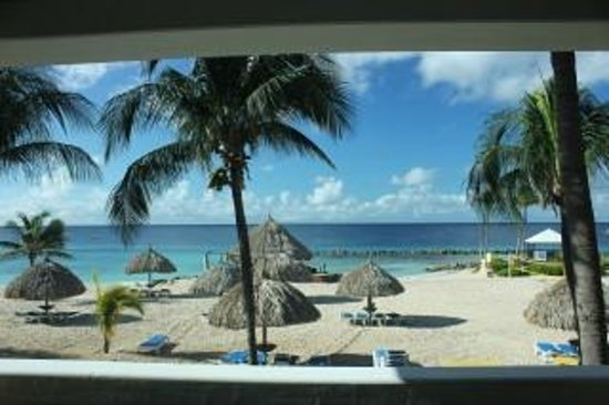 Curacao Marriott Beach Resort & Emerald Casino: Day time view from room