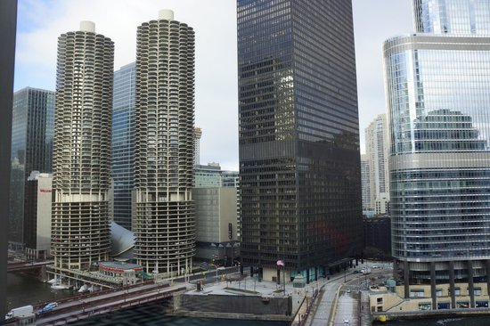 Kimpton Hotel Monaco Chicago:                   river view room queen