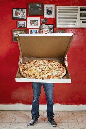 Benny Marzano's: Pizza