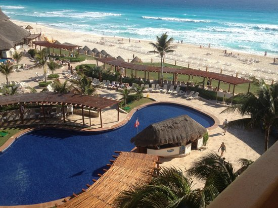 Fiesta Americana Condesa Cancun All Inclusive:                   Overlooking Pool