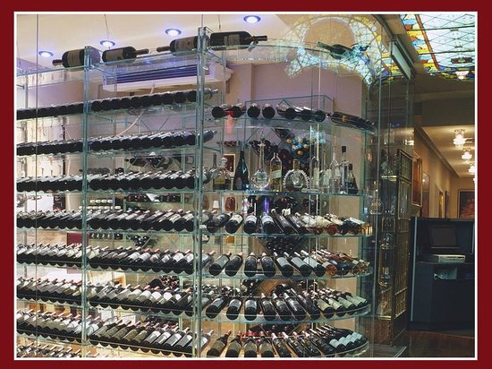 ViBo: Glass Wine Cellar with over 300 selections