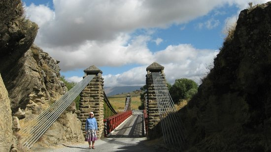 Pitches Store:                   Ophir Bridge