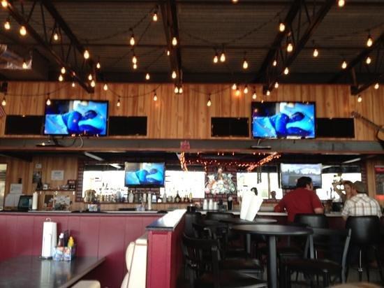 D'Cajun Blues Roadhouse:                   inside main bar