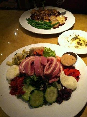 Roma Ristorante - Allentown:                   Antipasto Salad