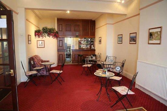 Elsinore Hotel: bar