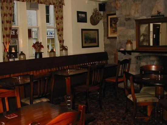 Star Inn:                   The Alcove