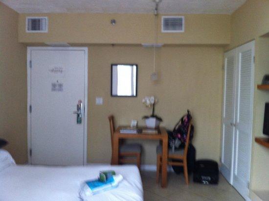 The Mimosa Hotel: entrada de la Habitación