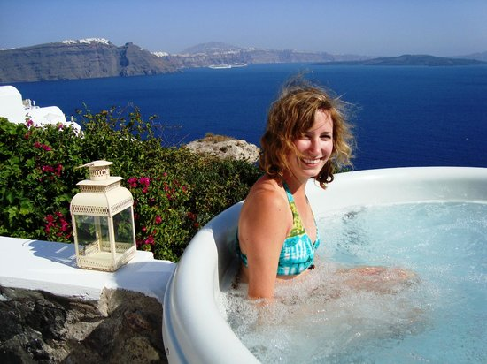 Filotera Suites : Enjoying the hot tub and view