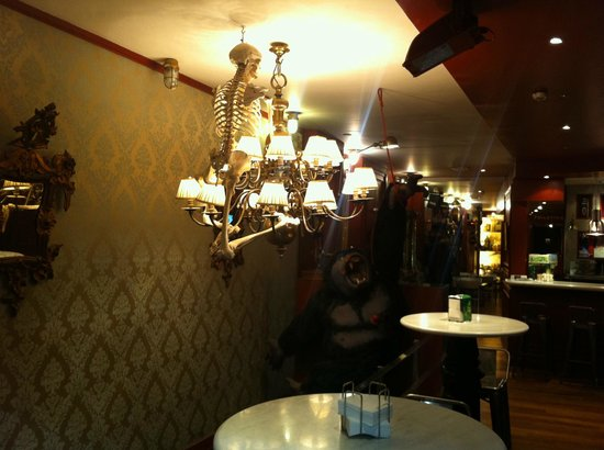 una zona del restaurante picture of pele mele madrid tripadvisor. Black Bedroom Furniture Sets. Home Design Ideas