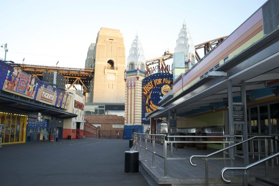 Luna Park Sydney: inside the park