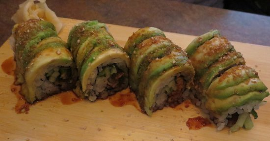 jae's asian bistro: Caterpiller roll with unagi
