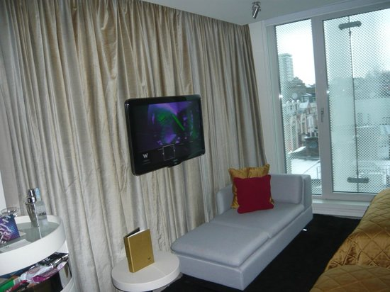W London Leicester Square: Room 530