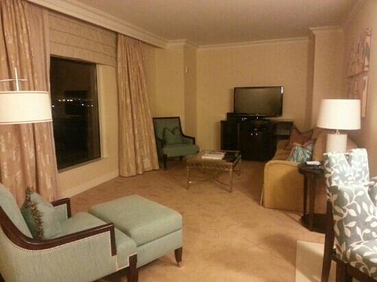 Waldorf Astoria Orlando:                   Living room in suite