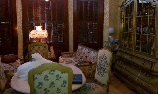 Amsterdam's Curry Mansion Inn:                   Front Room (Parlor)