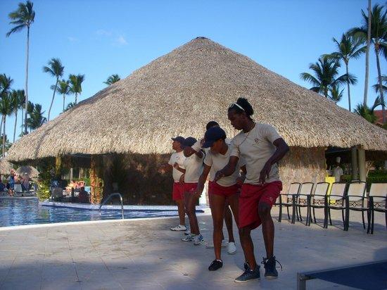 Majestic Elegance Punta Cana:                                     more dancing!