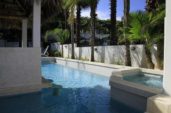 كازا فيردي هوتل: Pool Area