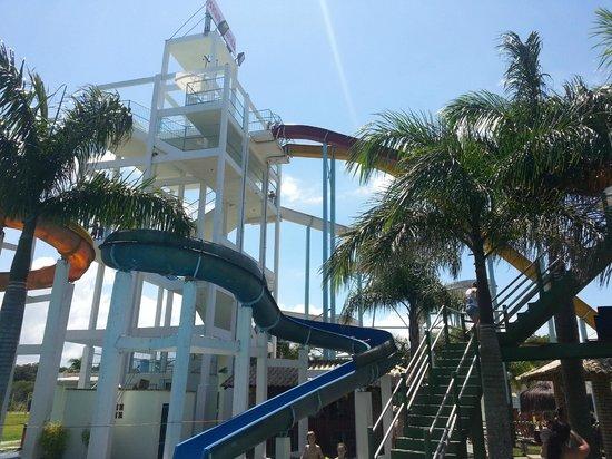 Bombas Beach: Parque Das Aguas, Porto Belo