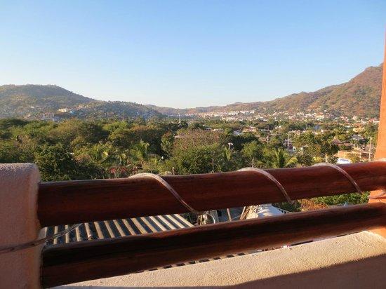 Vivan Las Pizzas :                   View from the top floor  (nice in the evenings too!)