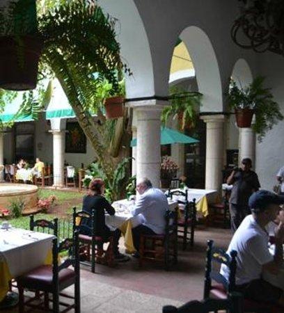 El Meson del Marques:                   restaurant