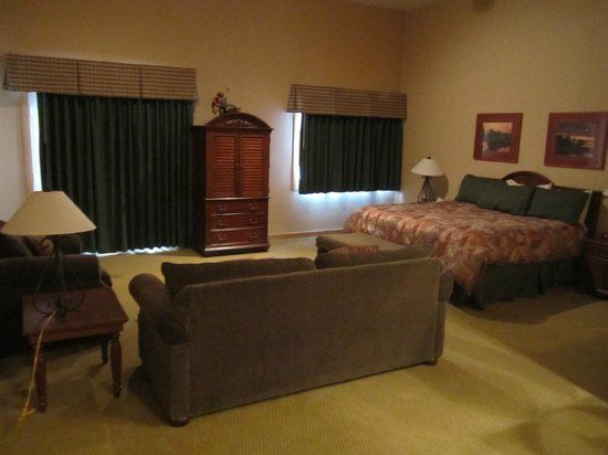 Treetops Resort:                   Bedroom and Living area