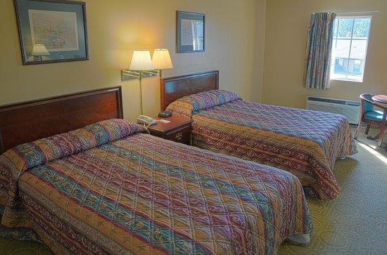 Econo Lodge: Room