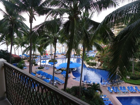 Barcelo Puerto Vallarta:                   A view of the pool from our room