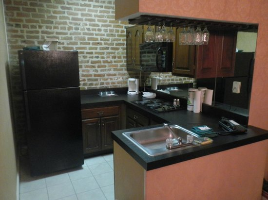 Quarter House Resort:                   Kitchen