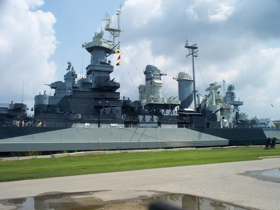 Battleship NORTH CAROLINA:                   historical view