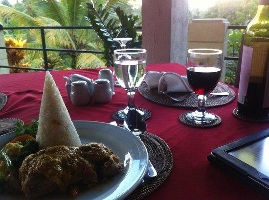 บานุสวารี รีสอร์ท แอนด์ สปา:                   Simple Balinese food - pepes ikan - a steamed fish dish