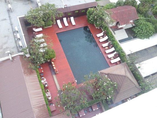 Centre Point Pratunam Hotel:                   Swimming Pool