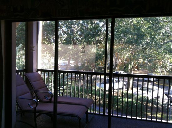 Polynesian Isles Resort: Private screened porch