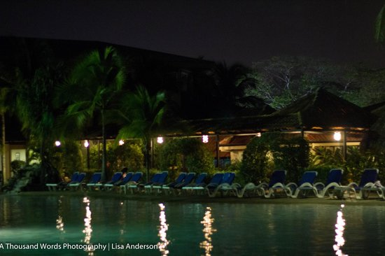 Doubletree Resort by Hilton, Central Pacific - Costa Rica:                   view from sitting beside the pool at around 8pm