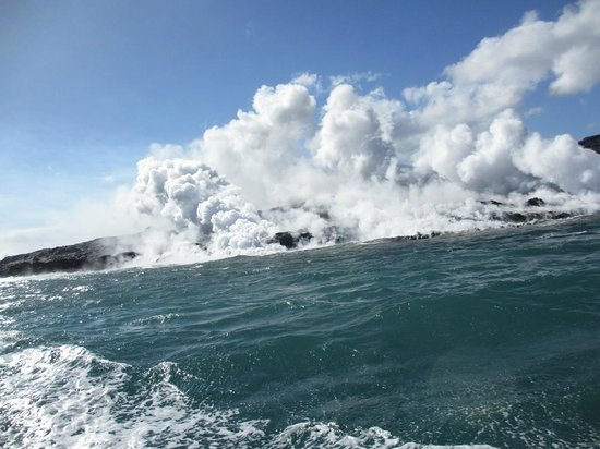 Lava Ocean Tours Inc:                   Sizzling and Steaming - like a hot oversized sauna!