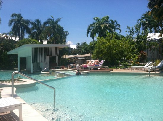 QT Port Douglas:                   Pool