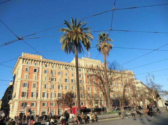 St Peter Bed in Rome:                                     da Piazza Risorgimento