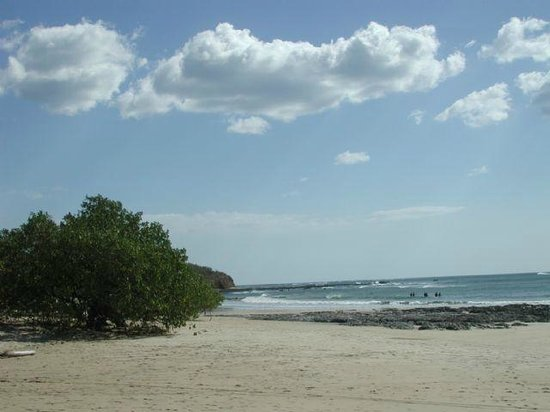 Playa Avellana:                   Playa Avellanes