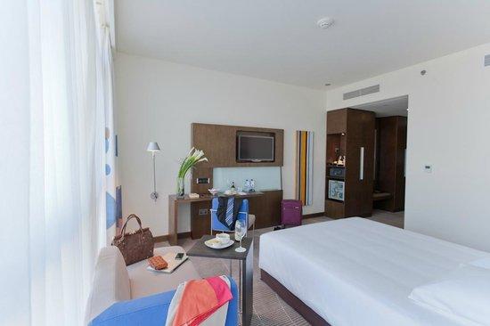 Novotel Abu Dhabi Gate: Standard Room 3