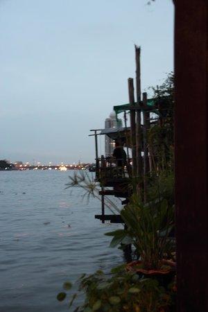 Loy La Long Hotel:                                     Terrassenausblick