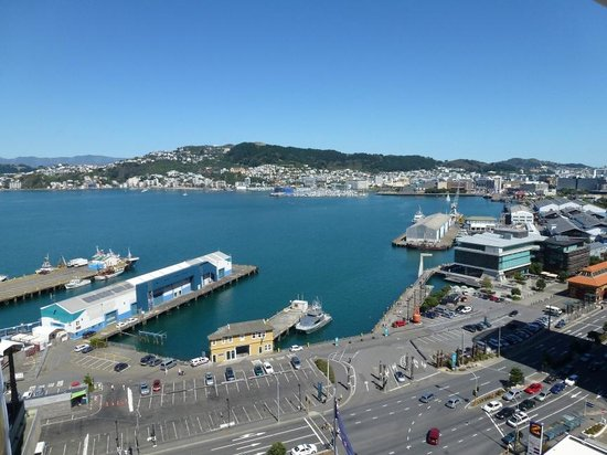 Rydges Wellington:                   Deluxe King Harbour View Room - looking over Queen's Wharf