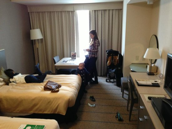 Shibuya Excel Hotel Tokyu:                   Our Room - #815 Twin Room