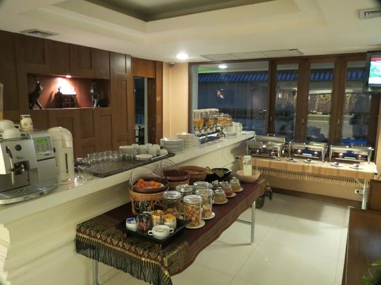 Mariya Boutique Residence at Suvarnabhumi Airport:                   Good breakfast