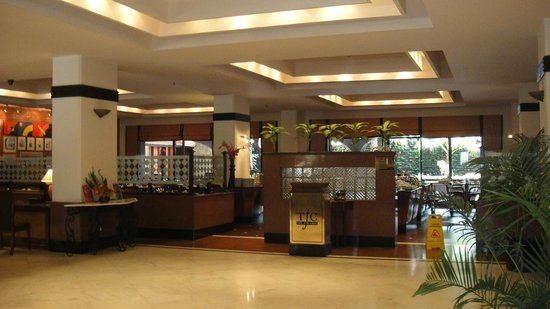 Radisson Hotel Kathmandu: The Fun Cafe (TFC) at lobby