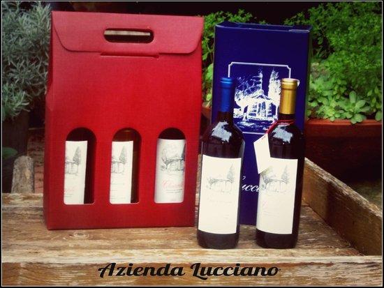 Agriturismo Lucciano: Confezioni regalo di vino