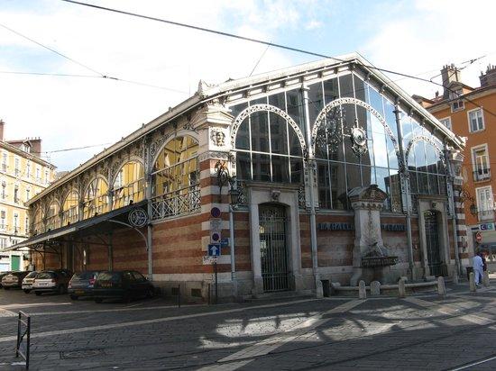 Halle Sainte-Claire