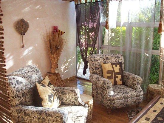 Villa Surprise Guesthouse:                   Zimmer Africa